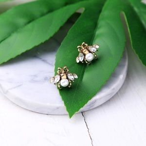 Jewelry - Pearl Bee Crystal Stud Earrings - Gold
